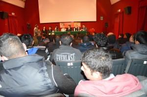 Migranti solidali dibattito