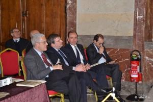 L'assessore reg. Purpura, il direttore generale della Banca del Nisse Augello, il cav. Di Forti ed il prof. Carta (1)