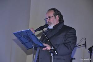 Giorgio Villa legge una poesia di Mario Zurli (1)
