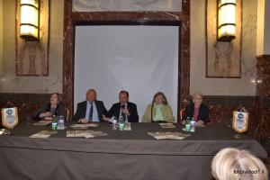 Tavolo dei relatori (1)
