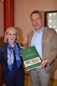 Omaggio della Soprintendenza al sindaco Giovanni Ruvolo (1)