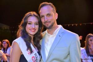 Ernesto Trapanese con la vincitrice del concorso Sofia Bellavia (2)