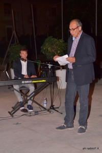 Antonio Bruno legge una poesia in dialetto siciliano (5)
