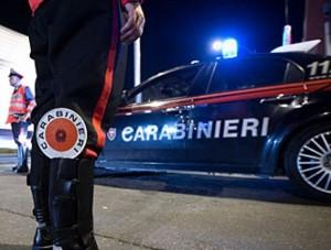 """A Resuttano arrestato un uomo, la vittima denuncia le molestie ai carabinieri.""""Facciamo sesso e chiudiamo il debito"""". CARABINIERI-RADIOMOBILE-NOTTE"""