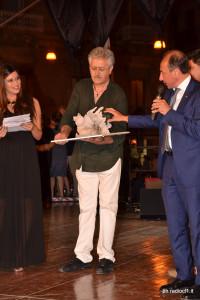 Primo premio sezione scultura al maestro Giuseppe Petix per l'opera QAL'AT NISSA (4)