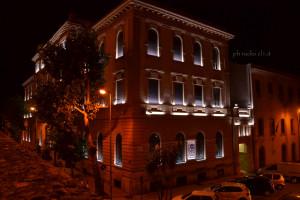 La nuova illuminazione della sede della Banca del Nisseno