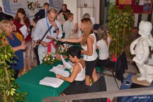 Firma e ritiro attestato di partecipazione (2)