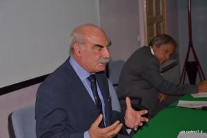 Il prof. Giuseppe Ferraro Università Federico II Napoli (1)