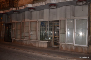 corso V.Emanuele pressi Teatro Margherita (1)