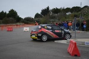 Paolo Piparo Giovanni Lo Verme in azione su Renault Clio RS