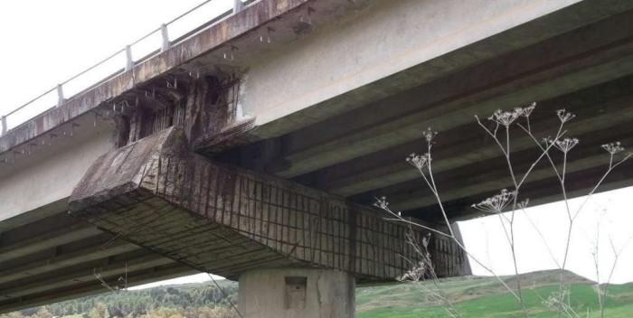 Incidente sulla Palermo-Catania, auto giù dal viadotto: muore un pensionato Un-altro-viadotto-a-rischio-sull-A19-45ff177c802da7e6a37704df50b8451d-700x352