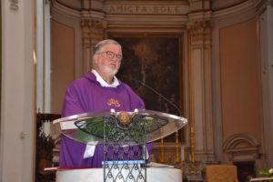 Il parroco della Cattedrale Padre Gaetano Canalella