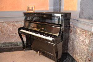 Il pianoforte donato dalla famiglia Zappia al Comune di  Caltanissetta