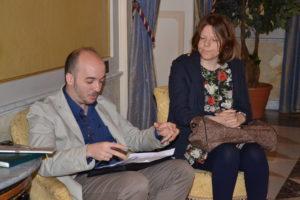 Il presidente di Alchimia Giuseppe Giugno e Mattea Labbate