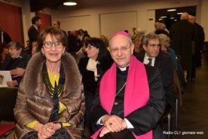 La d.ssa Angela Giunta con S.E. il Vescovo Russotto