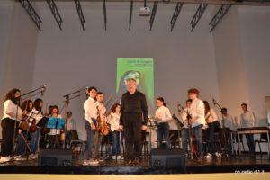 L'orchestra del Liceo, diretta dal prof.Franco Fiaccabrino